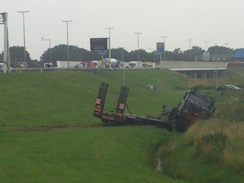 Ongeluk met militair voertuig op A28 bij Zwolle