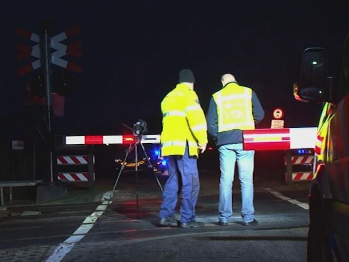 Automobilist dood bij aanrijding met trein in Nieuwleusen
