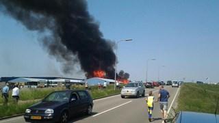 Flinke rookwolk bij brand Kampen