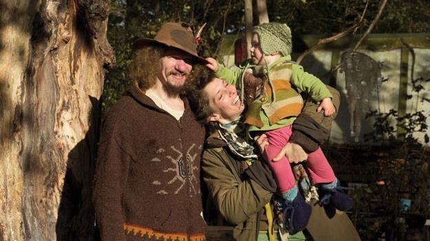 Dalfsen krijgt eerste levende huis van de wereld van buigzame bomen - Kroonluchter pampille huis van de wereld ...