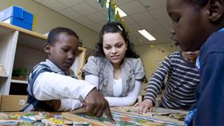 Asielzoekerskinderen nog niet naar school