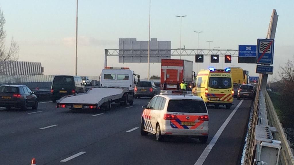 Twee rijstroken van A28 bij Zwolle dicht na aanrijding