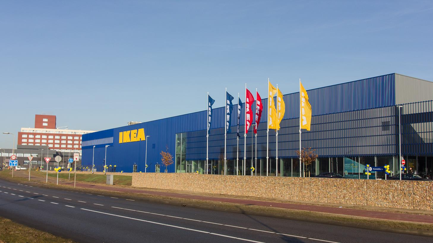ikea in zwolle maakt titel 39 zuinigste filiaal van nederland 39 waar. Black Bedroom Furniture Sets. Home Design Ideas