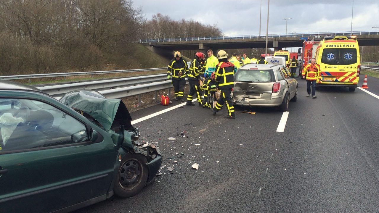 Meerdere gewonden bij ernstig ongeluk op A28 bij Zwolle