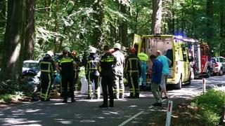 Veel medewerkers van hulpdiensten aanwezig bij ongeluk