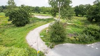 Het Eschmarkerveld in Enschede waar het azc moet komen