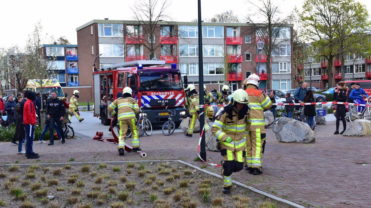 Groene Keuken Deventer : Vrouw raakt zwaargewond door brand op bovenverdieping flat in Deventer