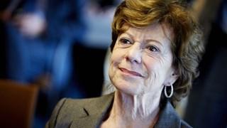 Neelie Kroes krijgt van Universiteit Twente een eredoctoraat