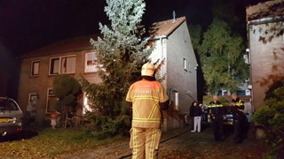 Brand op zolder van woning in Hengelo