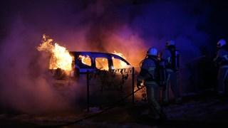 Auto in brand in Hengelo