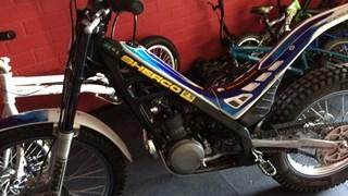 Vijf crossmotoren gestolen uit schuur in Dalfsen