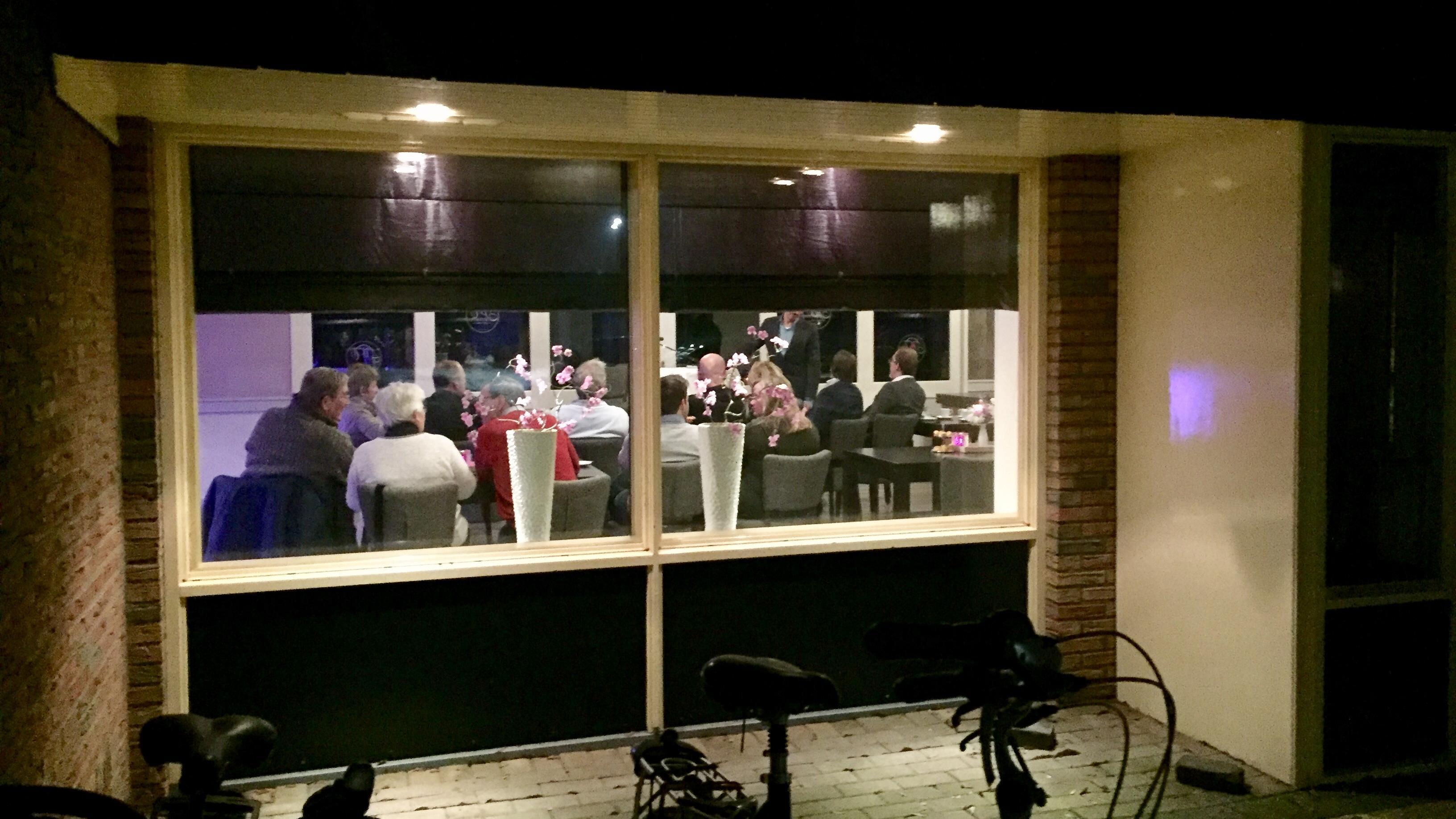 VVD-aanhang in de regio bejubelt Rutte na fatsoens-oproep in kranten