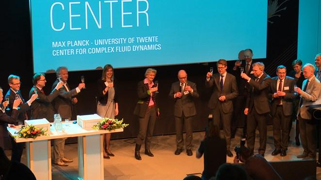 'Max Planck Center Enschede trekt hopelijk nobelprijswinnaars aan'