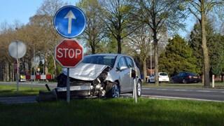 Auto ramt bestelbus bij Nieuwleusen