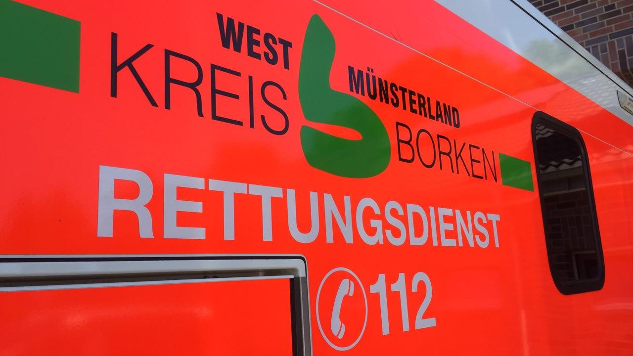 Fietser uit Enschede in levensgevaar na ernstig ongeluk in Gronau.