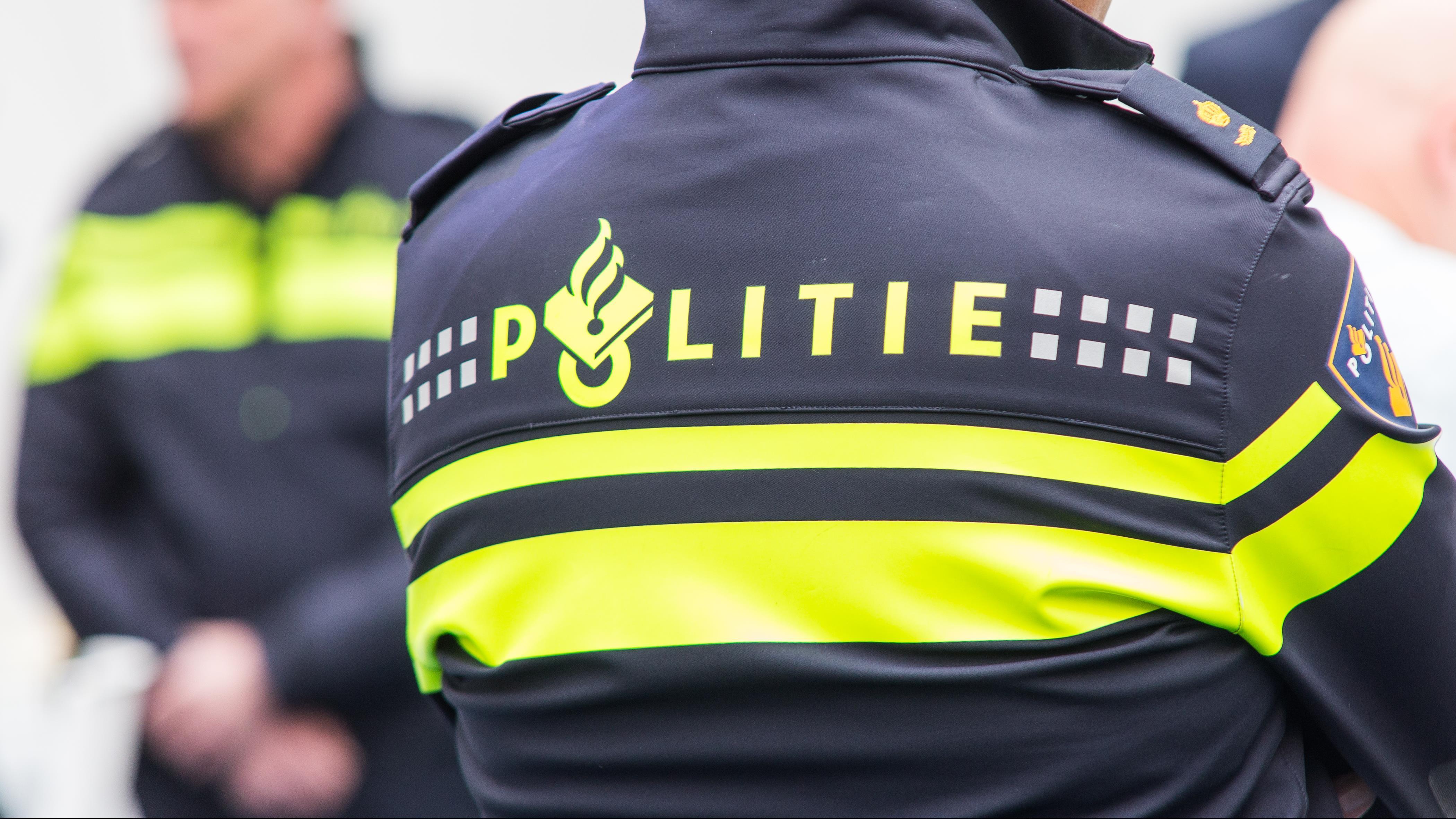 Spelersbus Go Ahead Eagles betrokken bij aanrijding in Almere.