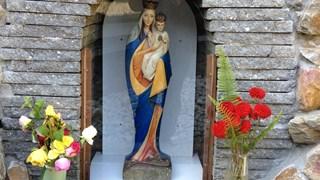 Het mariabeeld in de kapel op het terrein van Dimence Deventer