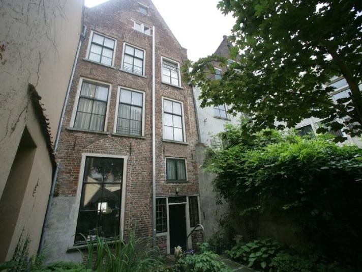 Oudste huis van nederland open voor publiek - Huis stenen huis ...