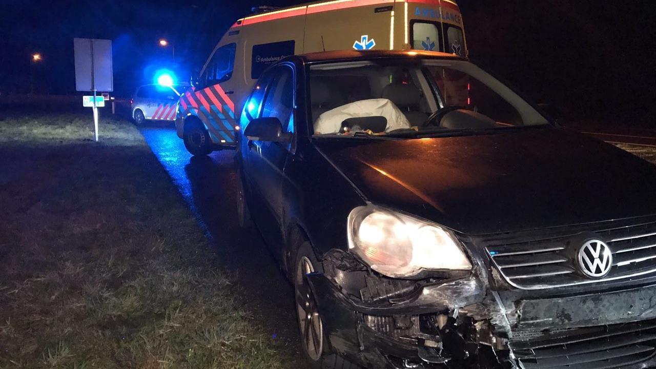 Bestuurster gewond na botsing op A1 bij Oldenzaal.