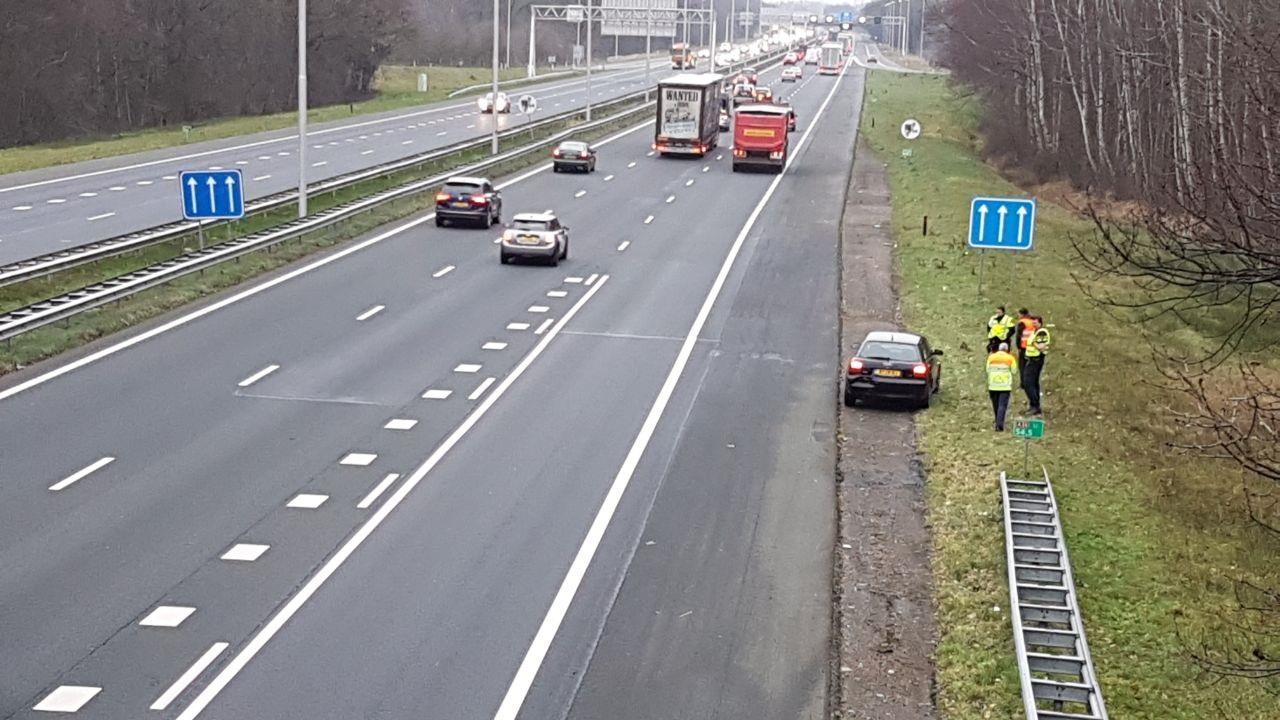 Meerdere ongevallen op knooppunt A35/A1 bij Borne, vooral blikschade.