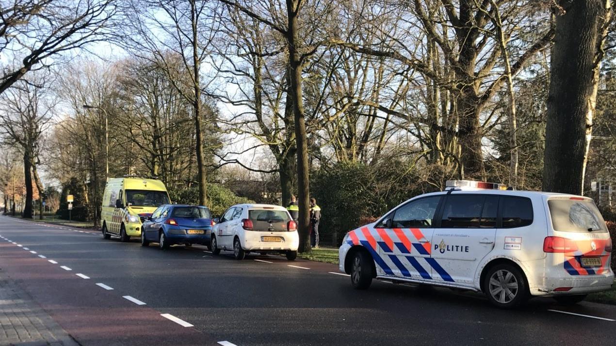 Gewonde bij botsing tussen autos in Rijssen.