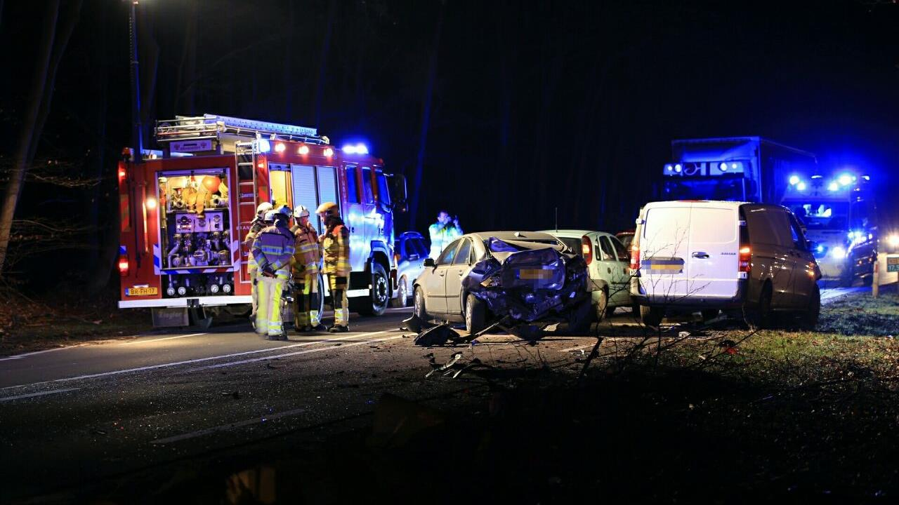 N35 afgesloten na ongeluk tussen Raalte en Heino.