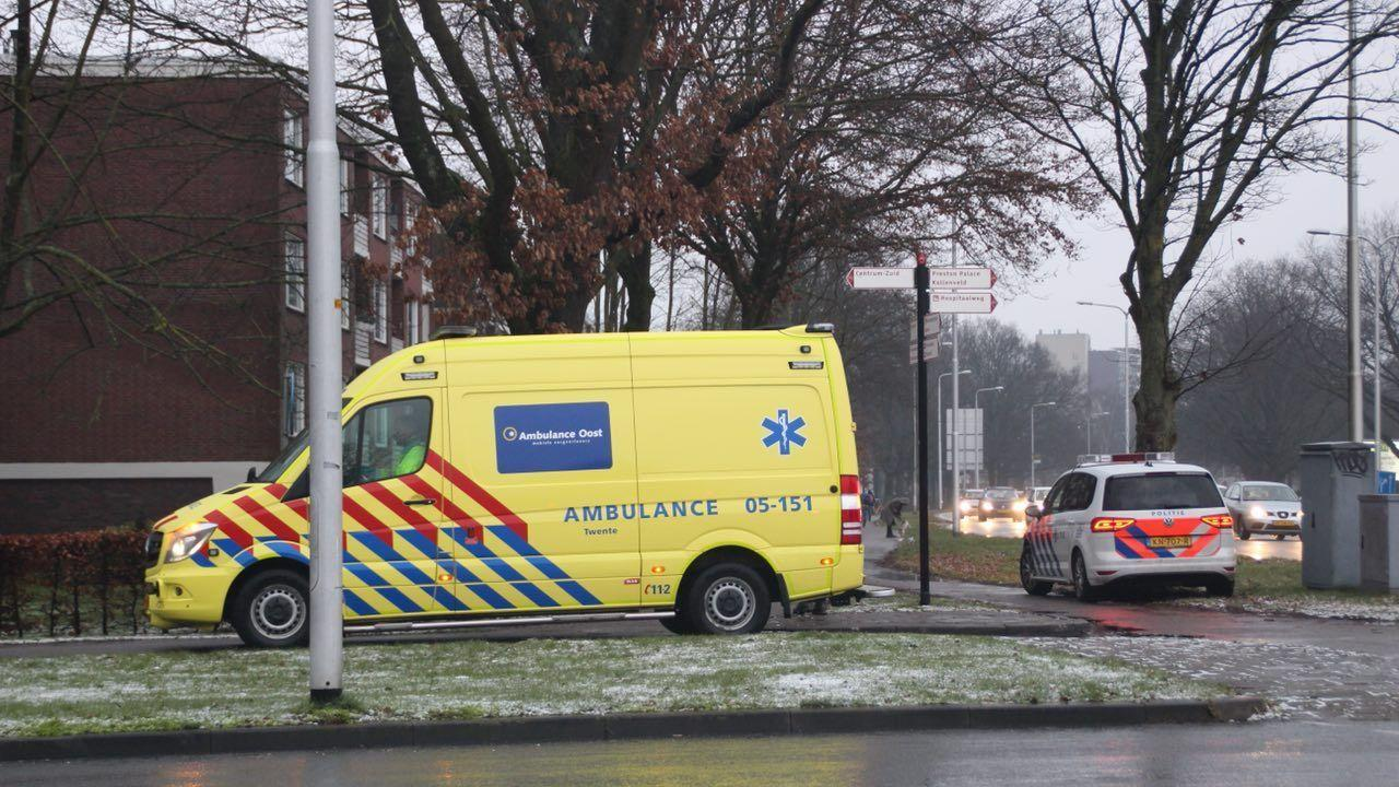 Fietser gewond achtergelaten na aanrijding in Almelo.