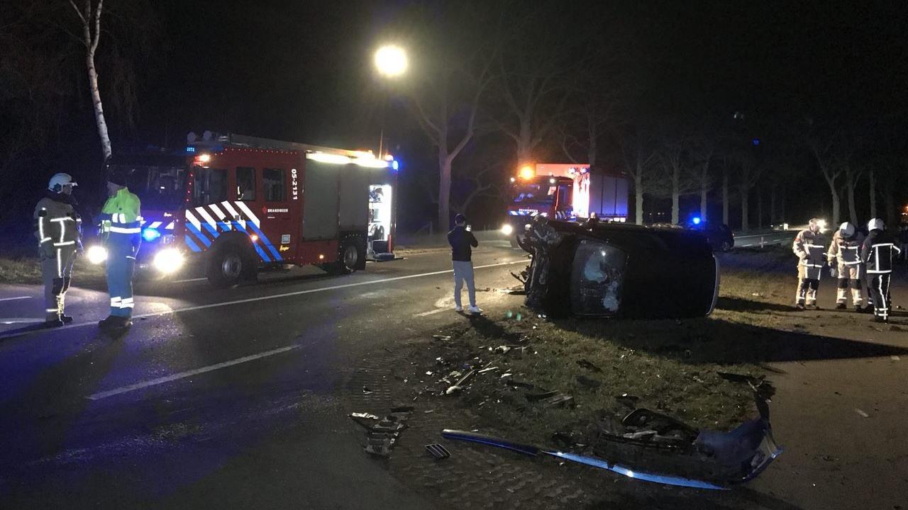 Gewonde bij ongeluk op N736 bij Rossum.