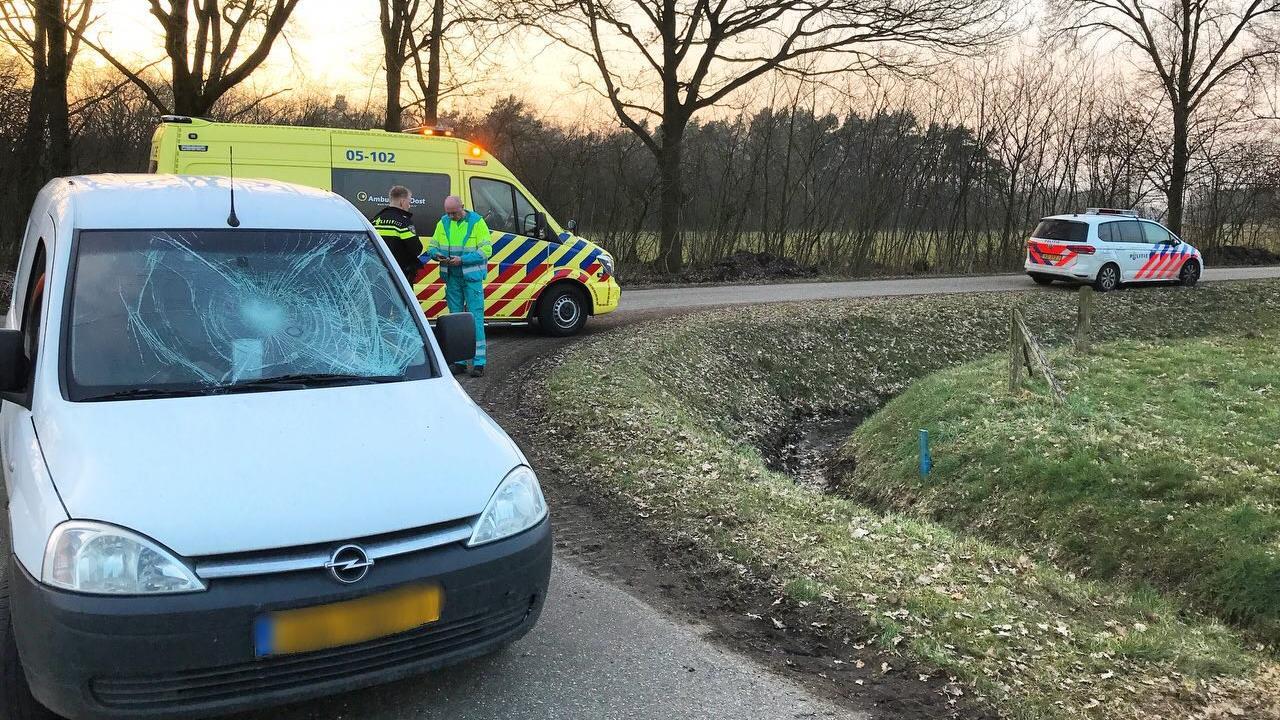 Fietser gewond bij aanrijding in Beuningen.