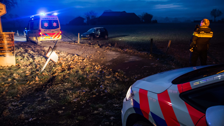 Gewonden bij ongelukken in Olst en Hengelo in dichte mist.