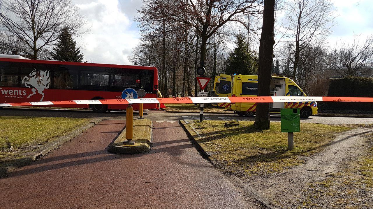 Scooterrijder overleden na aanrijding met bus Hengelo.