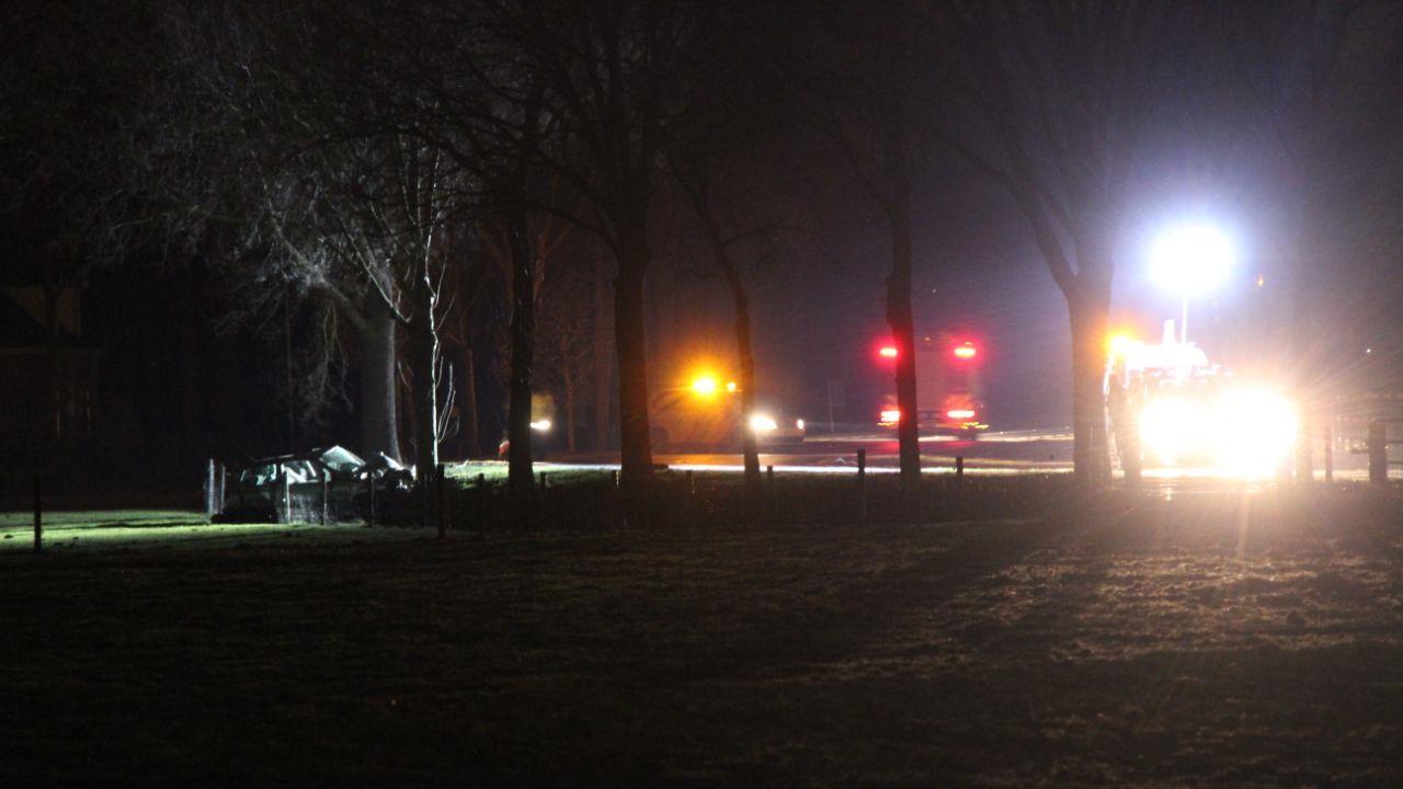 Automobilist overleden bij eenzijdig ongeval op N332 tussen Heeten en Raalte.