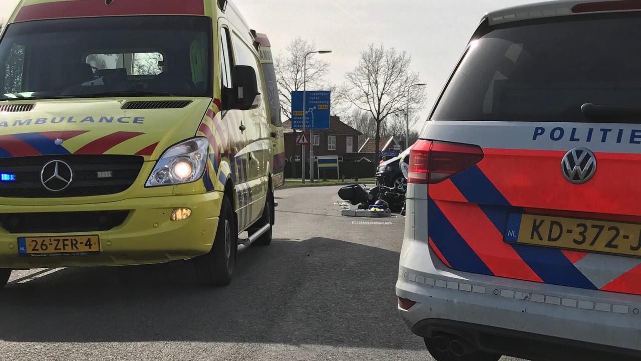 Motorrijder gewond geraakt bij aanrijding in Tubbergen.