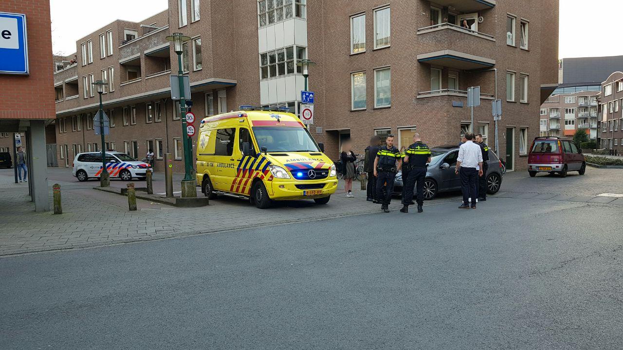 Voetganger gewond bij aanrijding in Enschede.