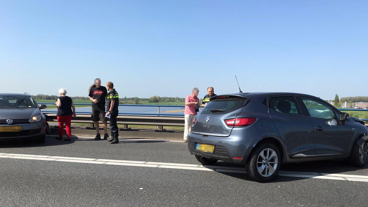 File op A1 van Deventer richting Apeldoorn door ongeval.