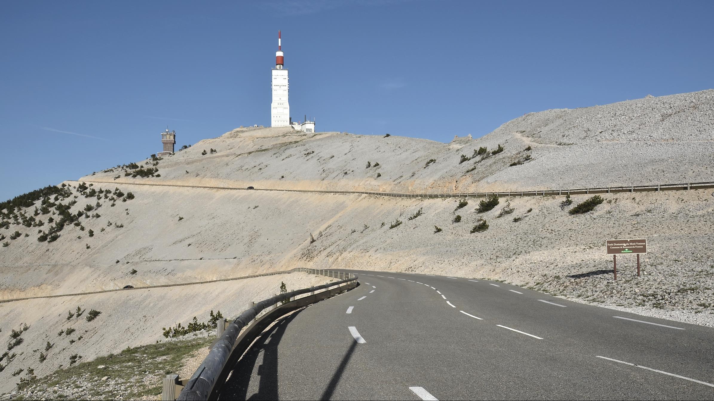 Hengeloër komt om bij motorongeluk op Mont Ventoux.