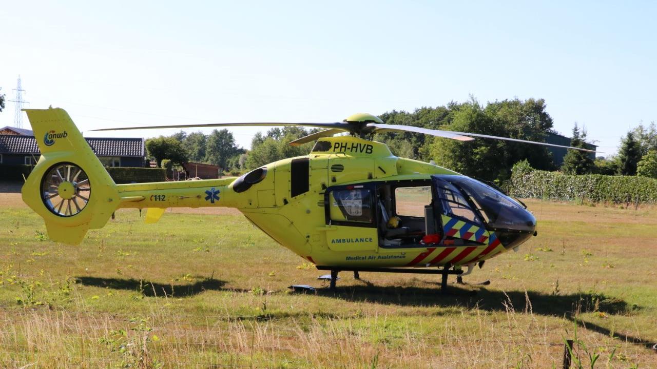 Motorrijder gewond geraakt bij aanrijding in Haaksbergen.