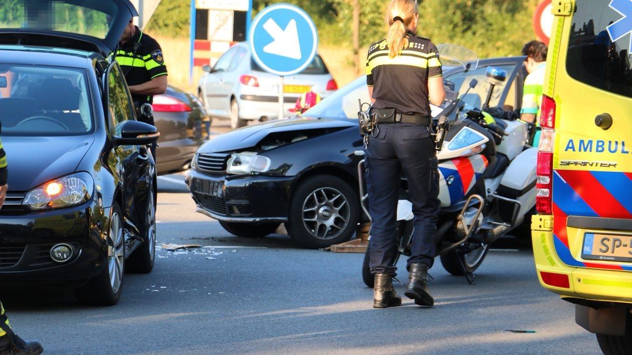 Gewonde bij aanrijding in Oldenzaal.