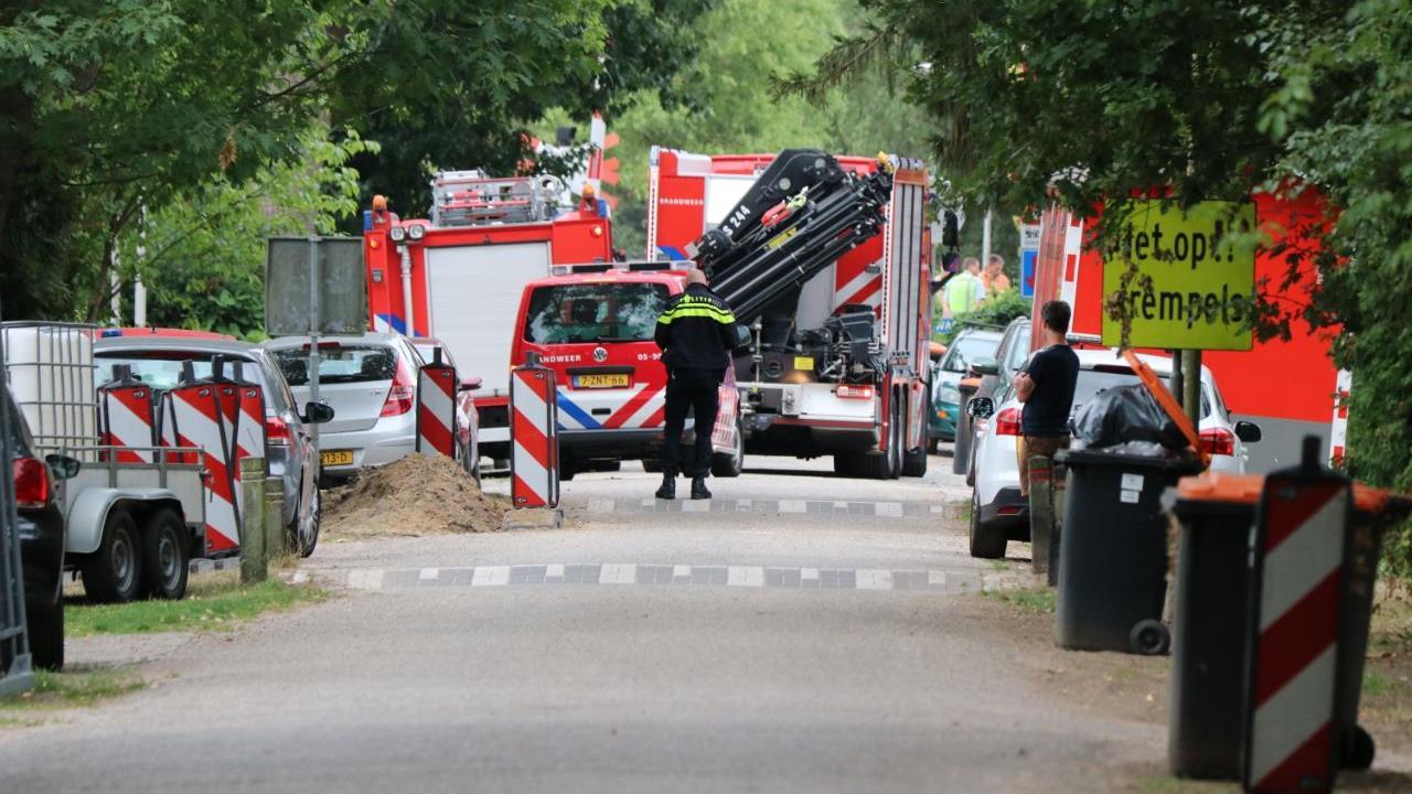 Scooterrijder overleden na aanrijding met trein bij Hengelo.