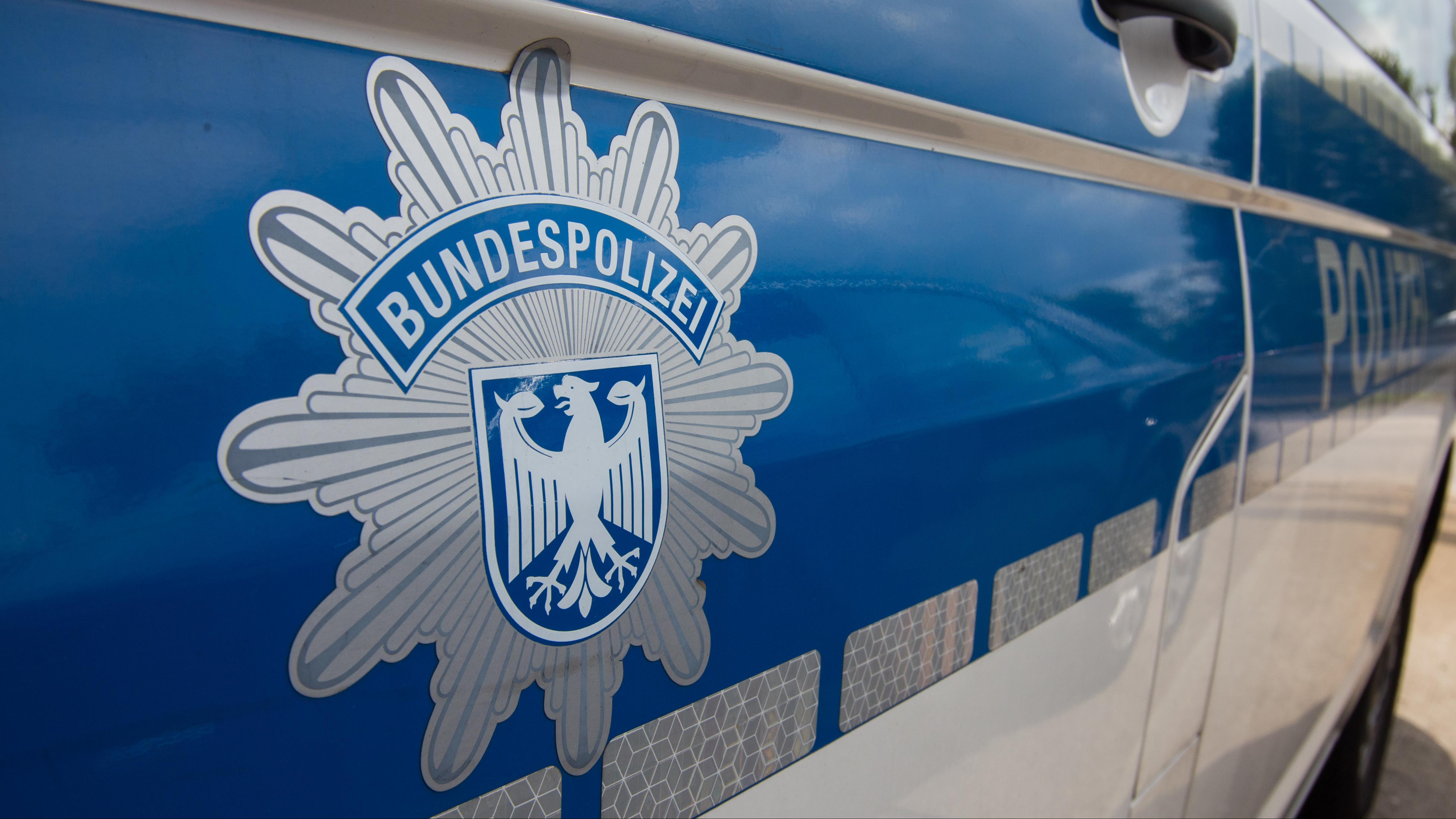 Vrouw uit Enschede zwaargewond bij ongeluk in Duitsland.