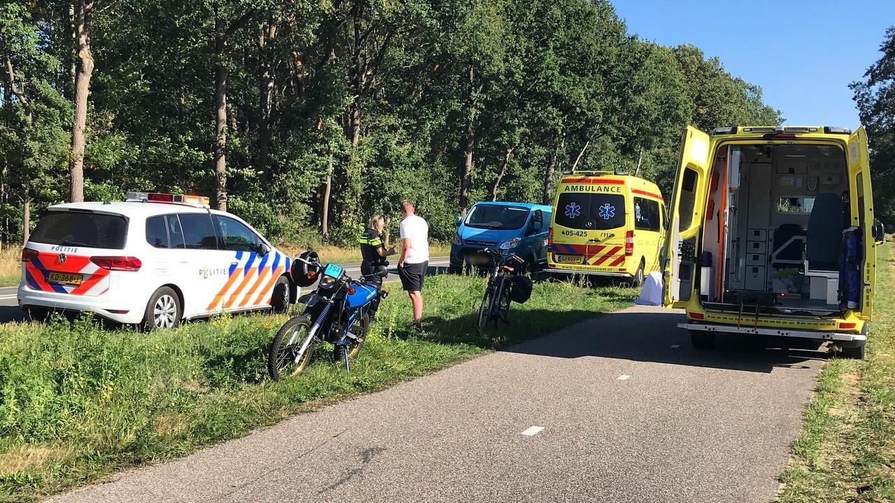 Fietser gewond bij aanrijding met crossmotor in Losser.