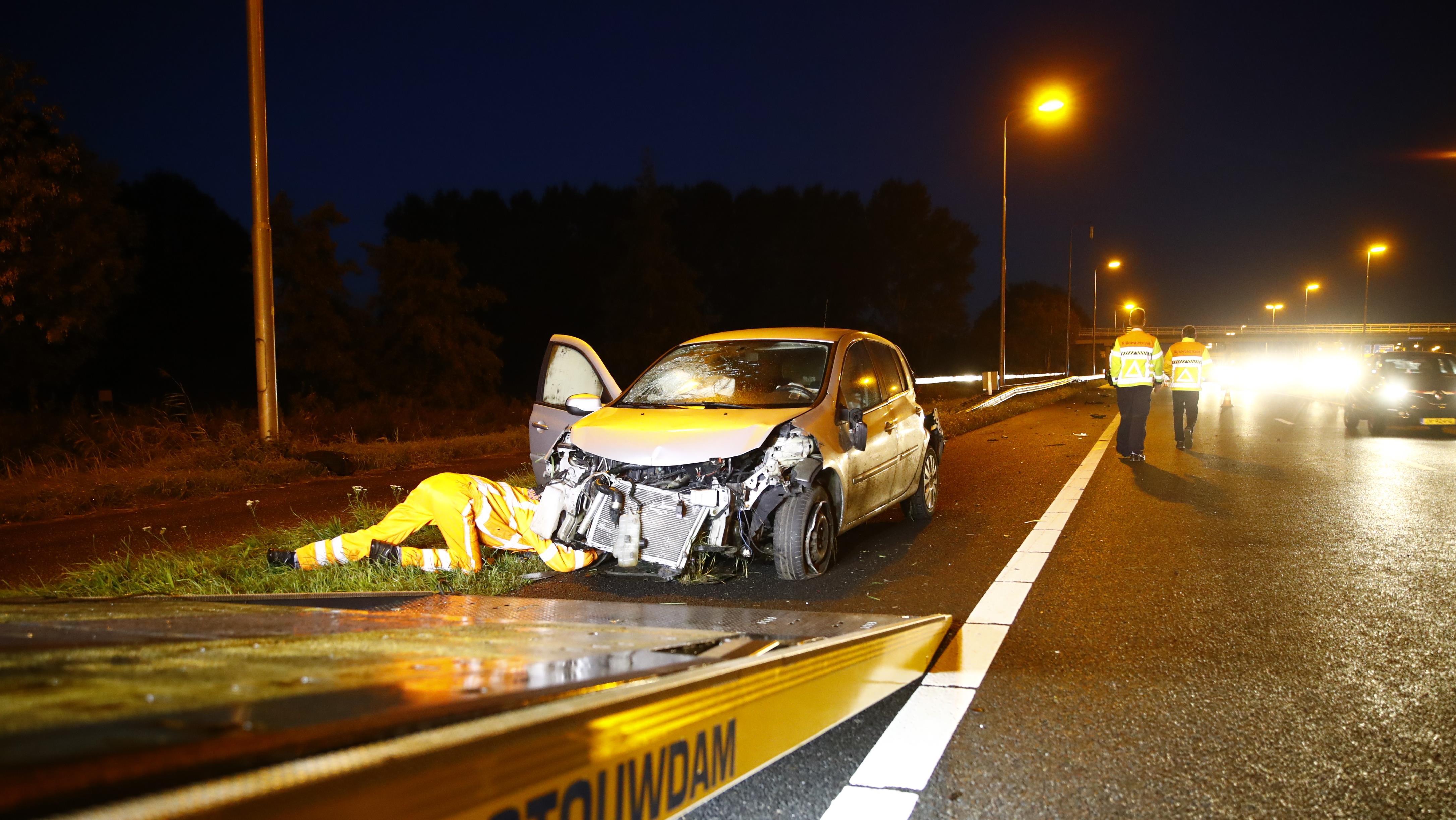 File op A28 richting Zwolle na ongeval bij Hattemmerbroek.