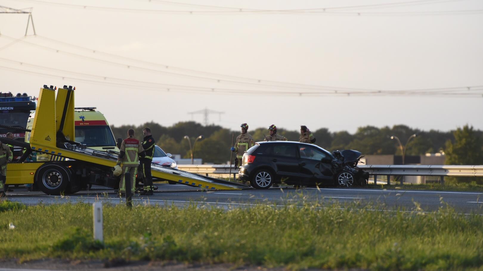 Twee gewonden bij aanrijding op A35 bij Almelo.