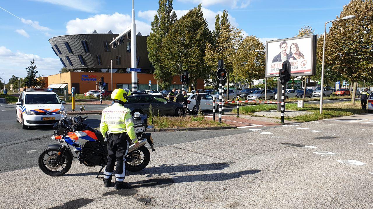 Verkeerschaos in Enschede door meerdere ongelukken én Duitse feestdag.