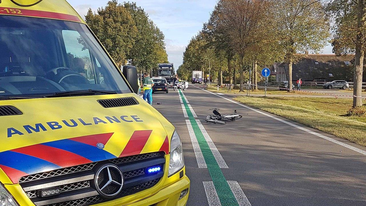Fietser verongelukt bij aanrijding op N377 in Balkbrug.