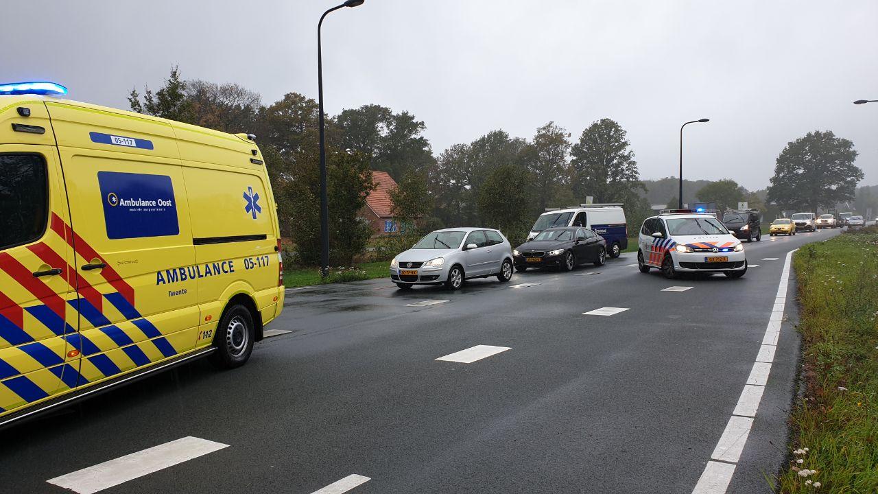 Automobilist gewond bij ongeluk in Enschede.