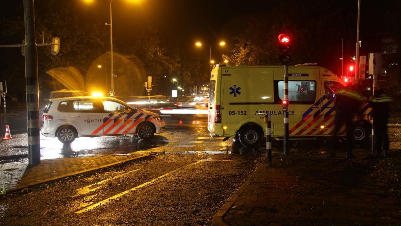 Voetganger gewond door aanrijding in Almelo.