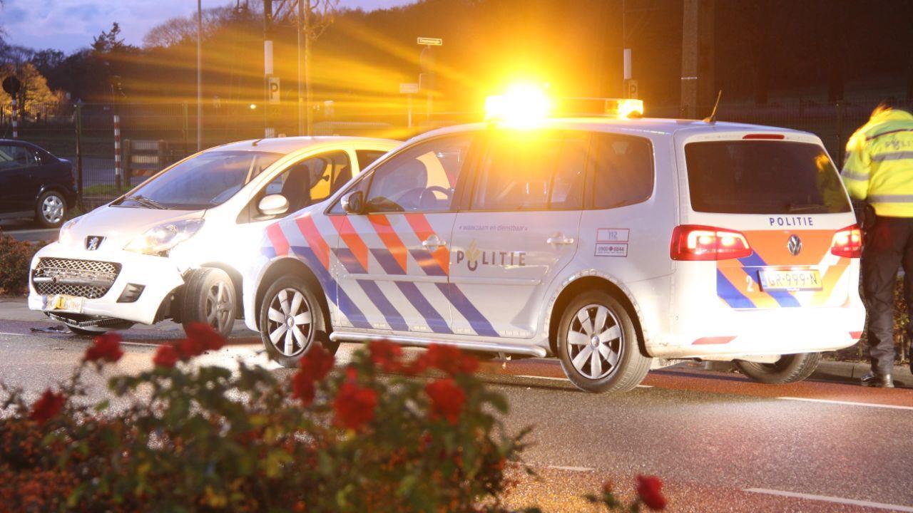 Verkeersoverlast in Holten na ongeluk met twee autos.