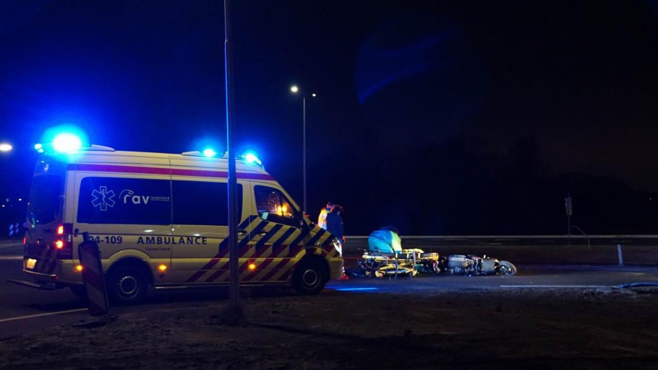 Scooterrijder naar ziekenhuis na aanrijding in Hasselt.