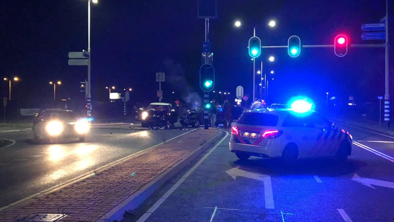 Eén gewonde bij auto-ongeluk in Nijverdal.